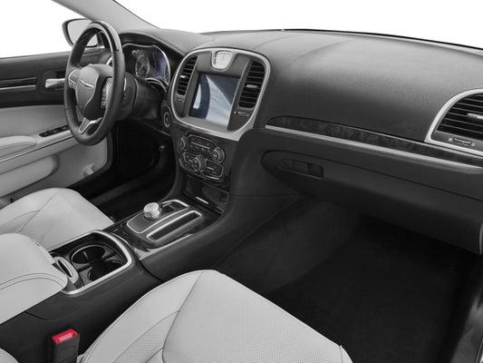 2016 Chrysler 300C