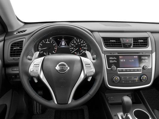 2017 Nissan Altima Interior >> 2017 Nissan Altima 2 5 Sr